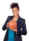 Fille africaine avec un grand moneybox images stock