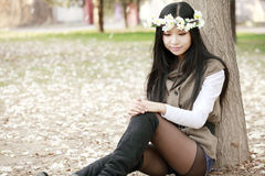 Fille asiatique au printemps Images stock