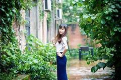 Fille asiatique dans le secteur d'art Photographie stock