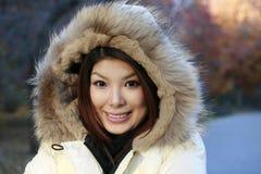 Fille asiatique en stationnement Images libres de droits