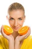 Fille avec l'orange juteuse Photos libres de droits