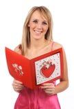Fille avec la carte de valentines Images libres de droits