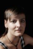 Fille avec la coupe courte Photographie stock libre de droits