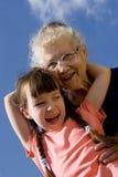 Fille avec la grand-maman Image libre de droits