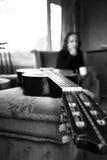 Fille avec la guitare Photo libre de droits