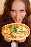 Fille avec la pizza images libres de droits