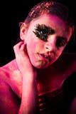 Fille avec la poudre colorée photo libre de droits