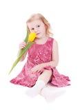 Fille avec la tulipe d'isolement sur le blanc photographie stock libre de droits