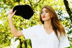 Fille avec le chapeau image libre de droits