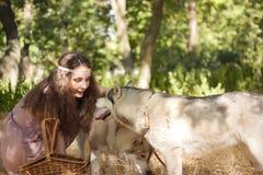 Fille avec le chien Image libre de droits