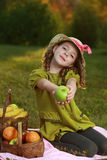 Fille avec le fruit Images stock