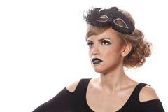 Fille avec le maquillage et le masque gothique de mascarade Image libre de droits