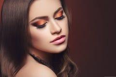 Fille avec le maquillage lumineux Images libres de droits