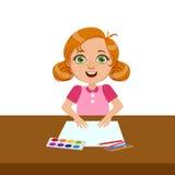Fille avec le papier, la peinture et la brosse, école primaire Art Class Vector Illustration Photographie stock