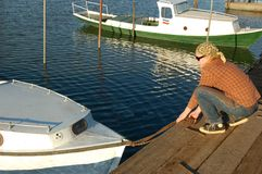 Fille avec son yacht Image stock