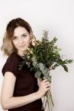 Fille avec un bouquet Photo libre de droits