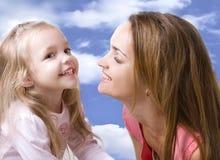 Fille avec une mère Photos libres de droits