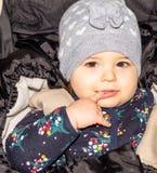 Fille Bébé Enfant capuchon configuration drôle infant image libre de droits