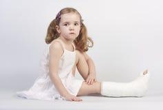 Fille blessée photographie stock