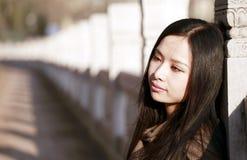Fille chinoise à l'extérieur Image libre de droits