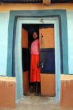 Fille d'adolescents en Inde rurale photos libres de droits