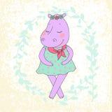 Fille d'hippopotame avec les yeux fermés ayant une guirlande de fleur sur la tête Photo stock