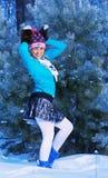 Fille dans la forêt de gel Image libre de droits