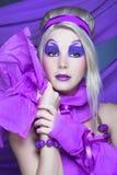 Fille dans la violette Photo libre de droits