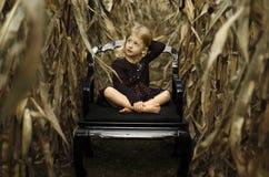 Fille de champ de maïs Image libre de droits