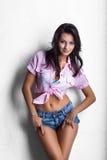 Fille de cow-girl en bref Image libre de droits
