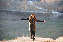 fille de danse heureuse Photos libres de droits