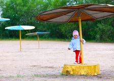 Fille de deux ans adorable Photographie stock libre de droits