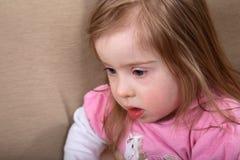 Fille de Down Syndrome images libres de droits