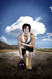 Fille de Kettlebell Photo libre de droits