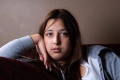 Fille de l'adolescence sérieuse Image libre de droits