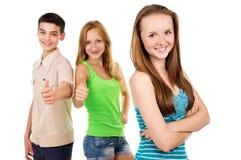 Fille de l'adolescence sur le fond des amis Photos libres de droits
