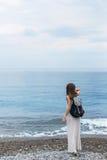 Fille de mer de voyageur de Gurzuf Crimée image stock