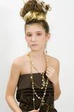 Fille de mode affichant des bijoux Image libre de droits