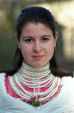 Fille de Paloc chez Pâques, Bujak, Hongrie Photographie stock libre de droits