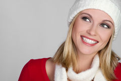 Fille de sourire de l'hiver photos stock