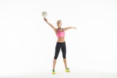 Fille de sport avec la boule Images stock