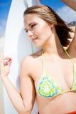 Fille de surfer Photographie stock libre de droits