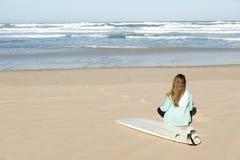 Fille de surfer photo stock