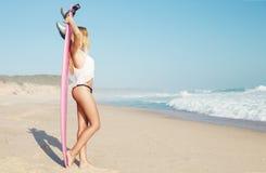 Fille de surfer de Blode photo stock
