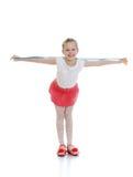 Fille drôle dans une jupe rose photos libres de droits