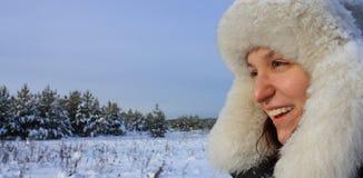 Fille en hiver Images libres de droits