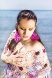 Fille en plage d'été de mode (Roma) Image stock