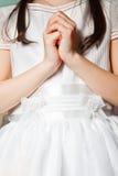 Fille en son premier jour de communion Images libres de droits