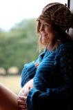 Fille enceinte heureuse Image libre de droits