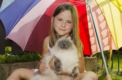 Fille et chat image libre de droits